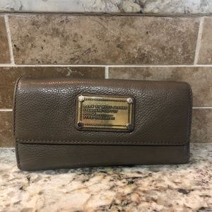 Tan Marc by Marc Jacobs wallet